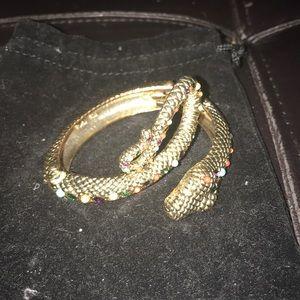 Jewelry - snake bracelet hinge opening